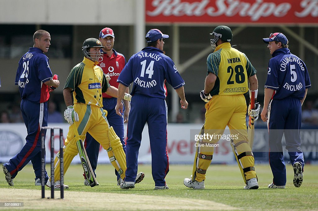 Ricky Ponting moves in to defuse the situation between Matthew Hayden of Australia as he confronts Simon Jones of Engalnd after his throw hit him...