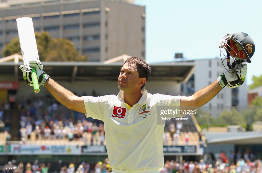 <a gi-track='captionPersonalityLinkClicked' href=/galleries/search?phrase=Ricky+Ponting&family=editorial&specificpeople=176564 ng-click='$event.stopPropagation()'>Ricky Ponting</a> of Australia acknowledges the crowd after he was dimissed playing his last international match during day four of the Third Test Match between Australia and South Africa at WACA on December 3, 2012 in Perth, Australia.