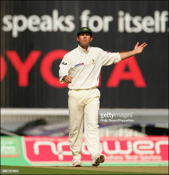 Ricky Ponting of Australia is unhappy with umpire Rudi Koertzen after an edge from Ashley Giles of England was given not out during the 5th Ashes...
