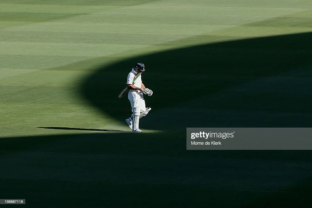 Ricky Ponting of Australia leaves the field after getting out during day three of the Second Test Match between Australia and South Africa at Adelaide Oval on November 24, 2012 in Adelaide, Australia.