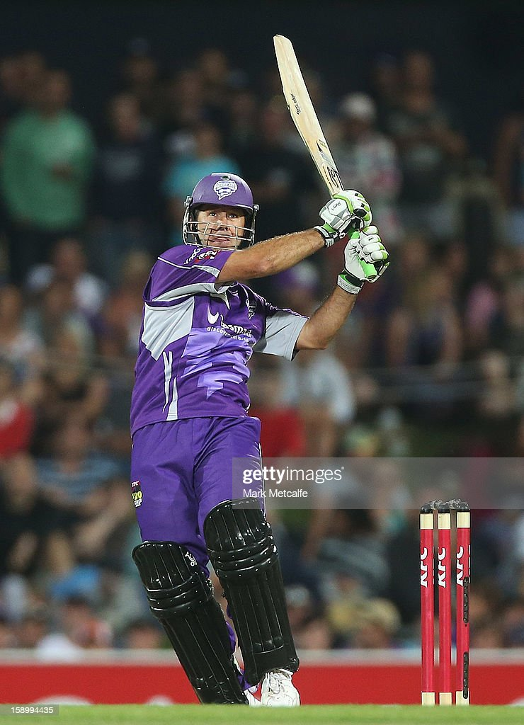 <a gi-track='captionPersonalityLinkClicked' href=/galleries/search?phrase=Ricky+Ponting&family=editorial&specificpeople=176564 ng-click='$event.stopPropagation()'>Ricky Ponting</a> of the Hurricanes bats during the Big Bash League match between the Hobart Hurricanes and the Adelaide Strikers at Blundstone Arena on January 5, 2013 in Hobart, Australia.