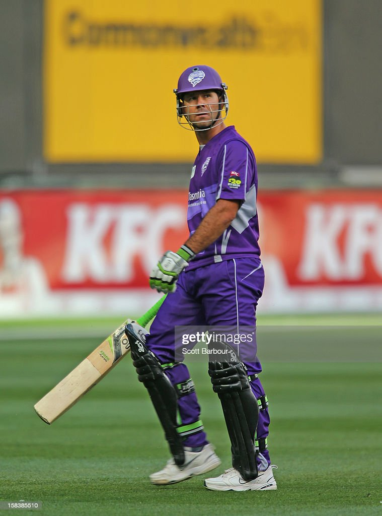 <a gi-track='captionPersonalityLinkClicked' href=/galleries/search?phrase=Ricky+Ponting&family=editorial&specificpeople=176564 ng-click='$event.stopPropagation()'>Ricky Ponting</a> of the Hurricanes leaves the field after being dismissed during the Big Bash League match between the Melbourne Stars and the Hobart Hurricanes at the Melbourne Cricket Ground on December 15, 2012 in Melbourne, Australia.