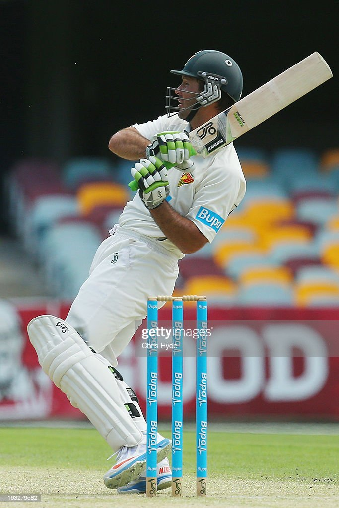 <a gi-track='captionPersonalityLinkClicked' href=/galleries/search?phrase=Ricky+Ponting&family=editorial&specificpeople=176564 ng-click='$event.stopPropagation()'>Ricky Ponting</a> of the Tigers bats during day one of the Sheffield Shiled match between the Queenaland Bulls and the Tasmanian Tigers at The Gabba on March 7, 2013 in Brisbane, Australia.