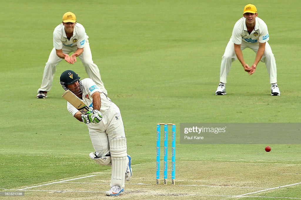 <a gi-track='captionPersonalityLinkClicked' href=/galleries/search?phrase=Ricky+Ponting&family=editorial&specificpeople=176564 ng-click='$event.stopPropagation()'>Ricky Ponting</a> of the Tigers bats during day two of the Sheffield Shield match between the Western Australia Warriors and the Tasmania Tigers at WACA on February 22, 2013 in Perth, Australia.