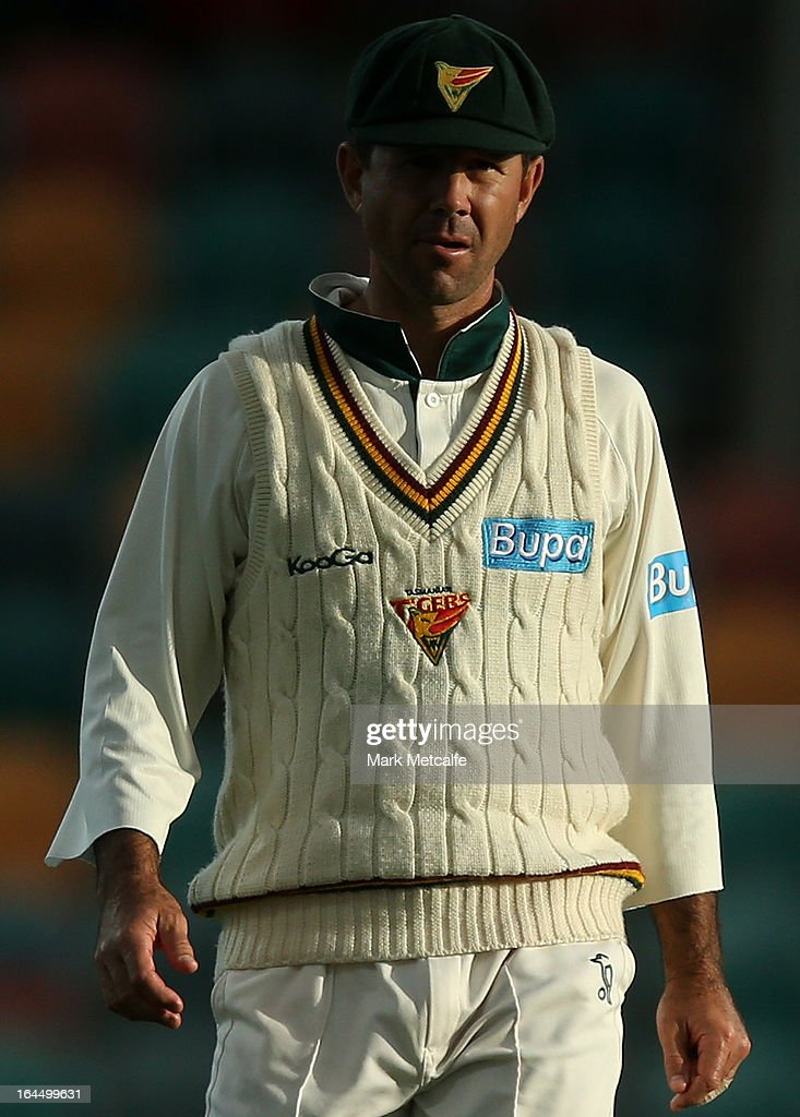 <a gi-track='captionPersonalityLinkClicked' href=/galleries/search?phrase=Ricky+Ponting&family=editorial&specificpeople=176564 ng-click='$event.stopPropagation()'>Ricky Ponting</a> of the Tigers looks on during day three of the Sheffield Shield final between the Tasmania Tigers and the Queensland Bulls at Blundstone Arena on March 24, 2013 in Hobart, Australia.