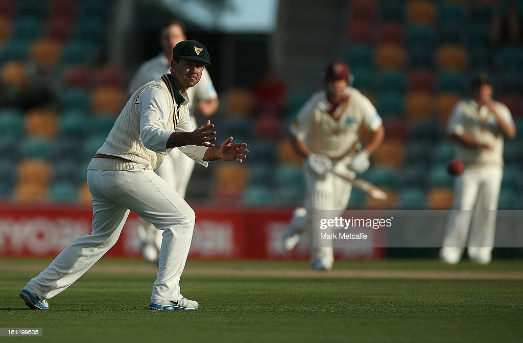 <a gi-track='captionPersonalityLinkClicked' href=/galleries/search?phrase=Ricky+Ponting&family=editorial&specificpeople=176564 ng-click='$event.stopPropagation()'>Ricky Ponting</a> of the Tigers watches the ball pass him during day three of the Sheffield Shield final between the Tasmania Tigers and the Queensland Bulls at Blundstone Arena on March 24, 2013 in Hobart, Australia.