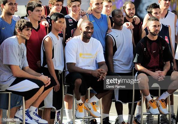 Ricky Rubio of Regal FC Barcelona Kobe Bryant of the Los Angeles Lakers and Juan Carlos Navarro of the Regal FC Barcelona pose with the 'House of...