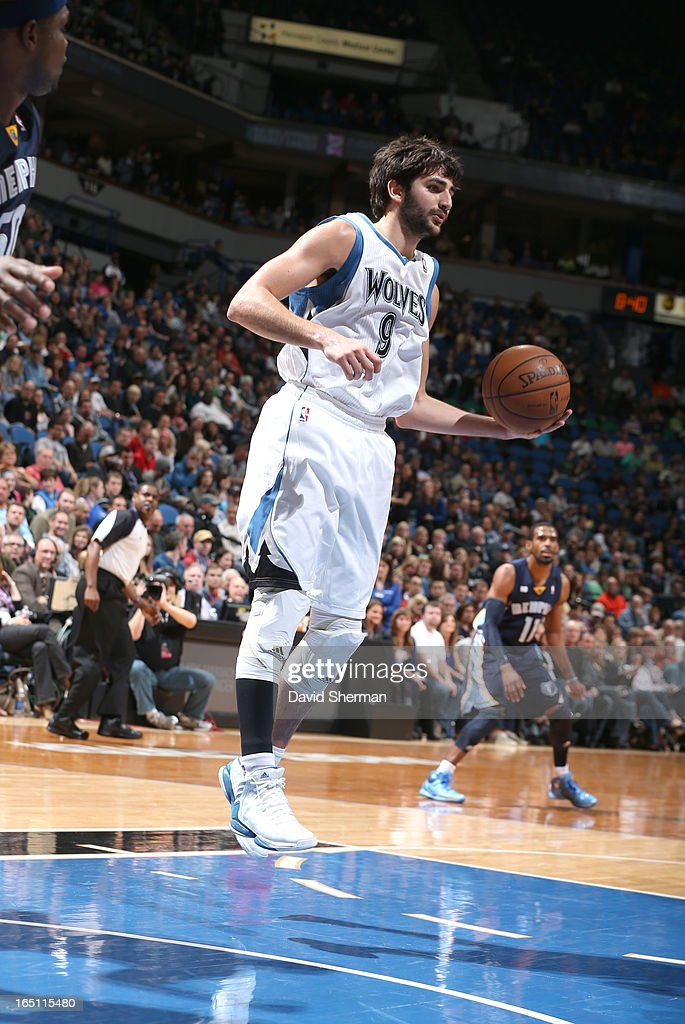 Ricky Rubio #9 of the Minnesota Timberwolves brings the ball up court during the game between the Memphis Grizzlies and the Minnesota Timberwolves on March 30, 2013 at Target Center in Minneapolis, Minnesota.