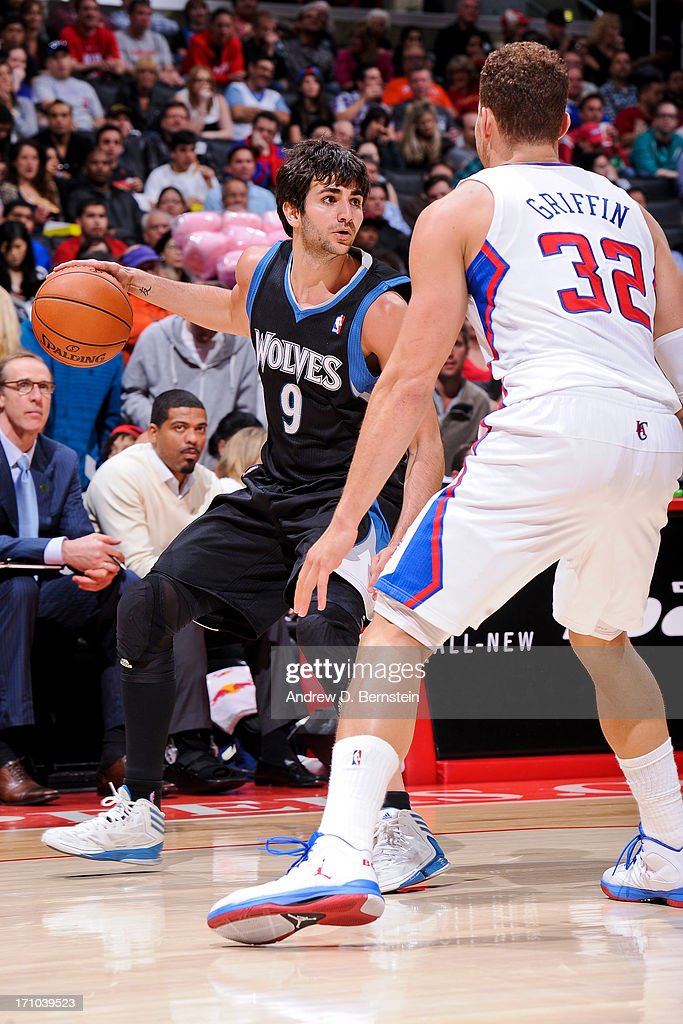 <a gi-track='captionPersonalityLinkClicked' href=/galleries/search?phrase=Ricky+Rubio&family=editorial&specificpeople=4028920 ng-click='$event.stopPropagation()'>Ricky Rubio</a> #9 of the Minnesota Timberwolves controls the ball against <a gi-track='captionPersonalityLinkClicked' href=/galleries/search?phrase=Blake+Griffin+-+Basketball+Player&family=editorial&specificpeople=4216010 ng-click='$event.stopPropagation()'>Blake Griffin</a> #32 of the Los Angeles Clippers at Staples Center on April 10, 2013 in Los Angeles, California.