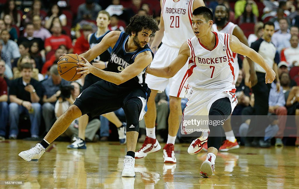 Ricky Rubio #9 of the Minnesota Timberwolves drives against Jeremy Lin #7 of the Houston Rockets at Toyota Center on March 15, 2013 in Houston, Texas.