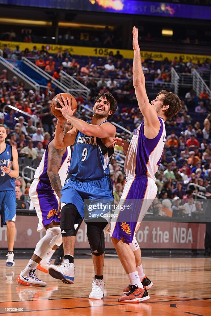 <a gi-track='captionPersonalityLinkClicked' href=/galleries/search?phrase=Ricky+Rubio&family=editorial&specificpeople=4028920 ng-click='$event.stopPropagation()'>Ricky Rubio</a> #9 of the Minnesota Timberwolves drives to the basket against the Phoenix Suns on March 22, 2013 at U.S. Airways Center in Phoenix, Arizona.