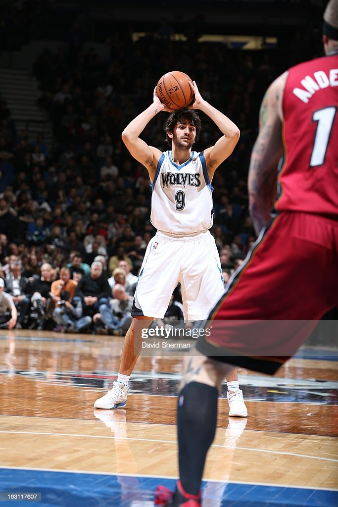 Ricky Rubio #9 of the Minnesota Timberwolves looks to pass the ball against the Miami Heat during the game on March 4, 2013 at Target Center in Minneapolis, Minnesota.