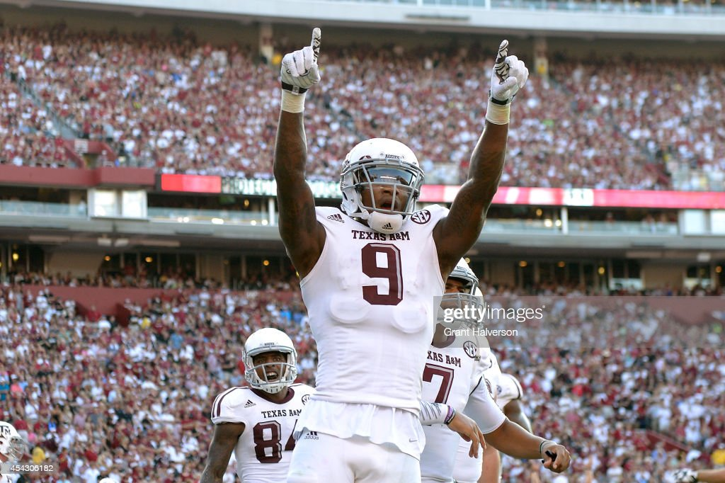 Ricky Seals-Jones #9 of the Texas A&M Aggies reacts after scoring a touchdown South Carolina Gamecocks during the second quarter of their game at Williams-Brice Stadium on August 28, 2014 in Columbia, South Carolina.