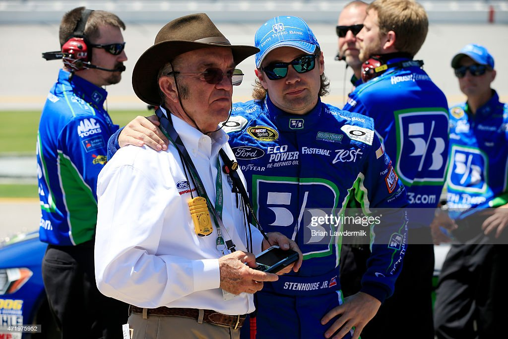 <a gi-track='captionPersonalityLinkClicked' href=/galleries/search?phrase=Ricky+Stenhouse+Jr.&family=editorial&specificpeople=5380612 ng-click='$event.stopPropagation()'>Ricky Stenhouse Jr.</a>, driver of the #17 Fifth Third Bank Ford, stands on the grid with team owner <a gi-track='captionPersonalityLinkClicked' href=/galleries/search?phrase=Jack+Roush&family=editorial&specificpeople=260209 ng-click='$event.stopPropagation()'>Jack Roush</a> during qualifying for the NASCAR Sprint Cup Series GEICO 500 at Talladega Superspeedway on May 2, 2015 in Talladega, Alabama.