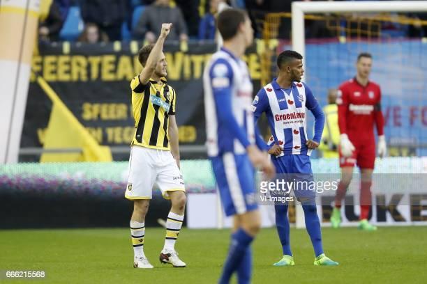 Ricky van Wolfswinkel of Vitesse Pelle van Amersfoort of sc Heerenveen Jerry St Juste of sc Heerenveen goalkeeper Erwin Mulder of sc Heerenveenduring...