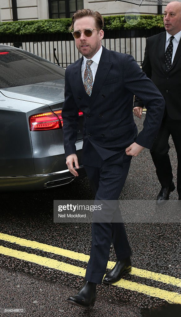 <a gi-track='captionPersonalityLinkClicked' href=/galleries/search?phrase=Ricky+Wilson&family=editorial&specificpeople=206907 ng-click='$event.stopPropagation()'>Ricky Wilson</a> seen arriving at Nordoff Robbins' Silver Clef Awards at Grosvenor House on July 1, 2016 in London, England.