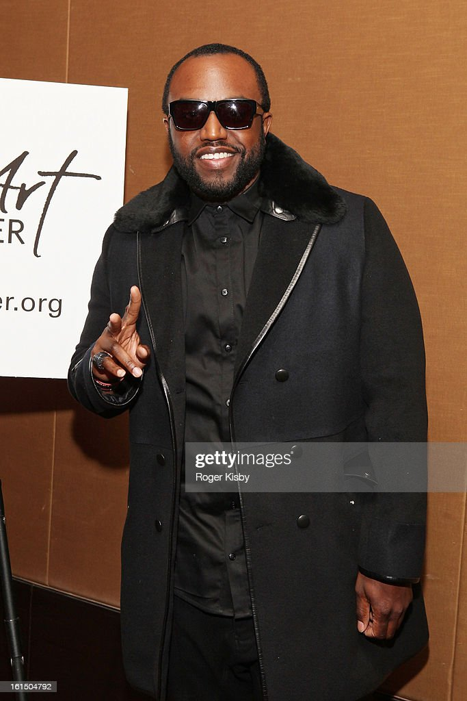 <a gi-track='captionPersonalityLinkClicked' href=/galleries/search?phrase=Rico+Love&family=editorial&specificpeople=691968 ng-click='$event.stopPropagation()'>Rico Love</a> attends Doing Art Together Honors Swizz Beats And Dr. George Williams>> at Mandarin Oriental Hotel on February 11, 2013 in New York City.