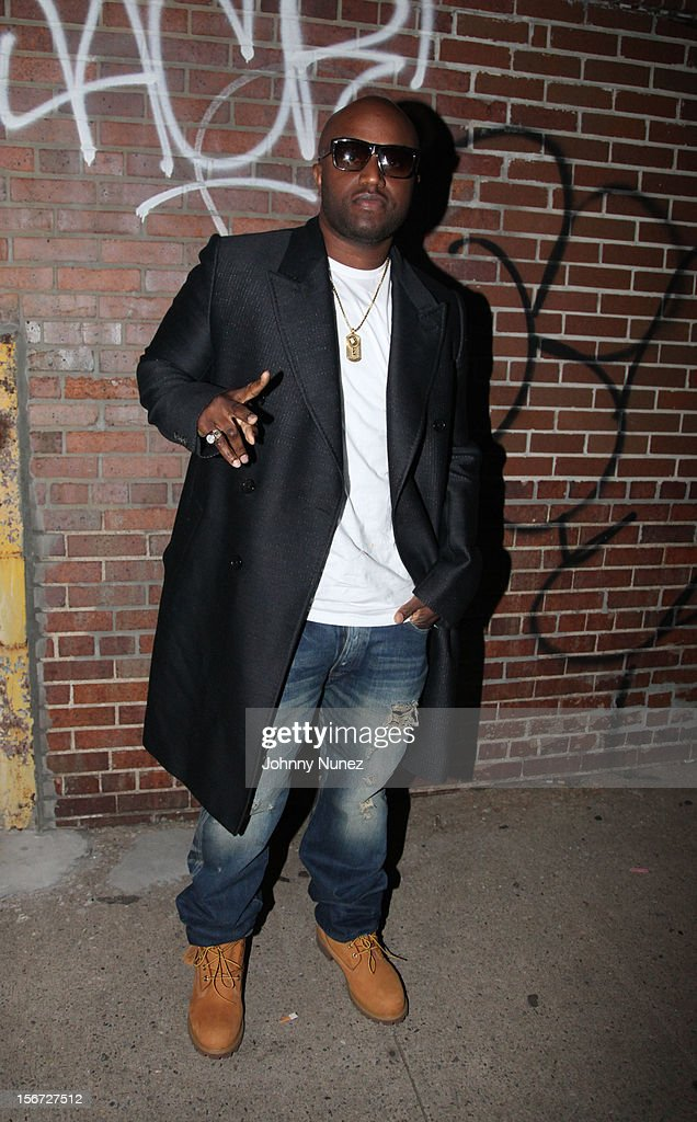 <a gi-track='captionPersonalityLinkClicked' href=/galleries/search?phrase=Rico+Love&family=editorial&specificpeople=691968 ng-click='$event.stopPropagation()'>Rico Love</a> attends Ne-Yo's 'Let Me Love You' Remix Video Shoot at Prime on November 19, 2012 in New York City.