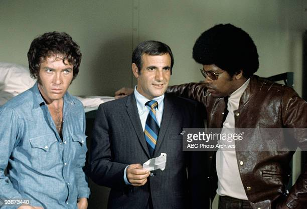 SQUAD 'Ride the Man Down' 10/14/69 Michael Cole Tige Andrews Clarence Williams III