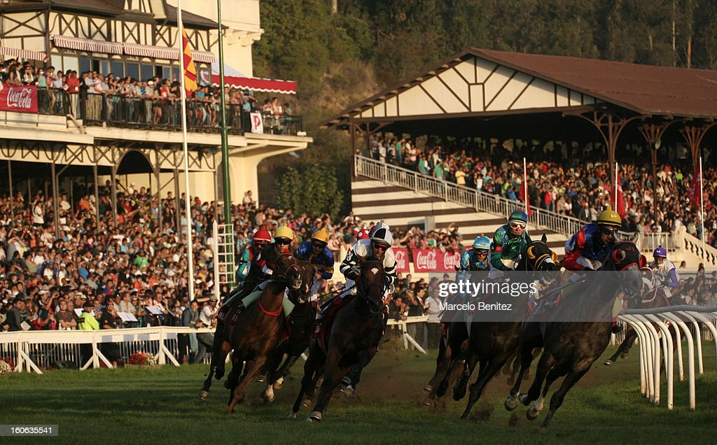 Riders and horses in action during the Derby 2013 on February 03 in Viña del Mar, Chile.