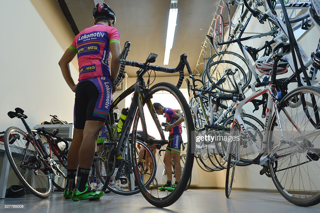 Riders in the changing room after a trainning session in Baku Velodrom. On Thursday, 3 May 2016, in Baku, Azerbaijan.