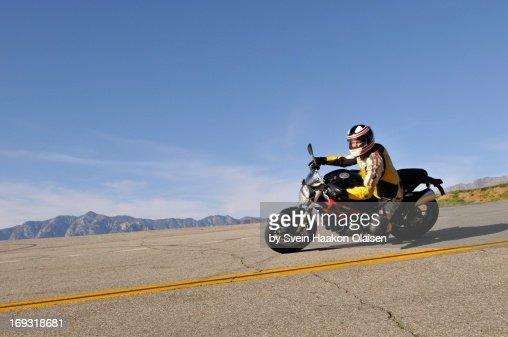 Riding the Glendora Mountain Road