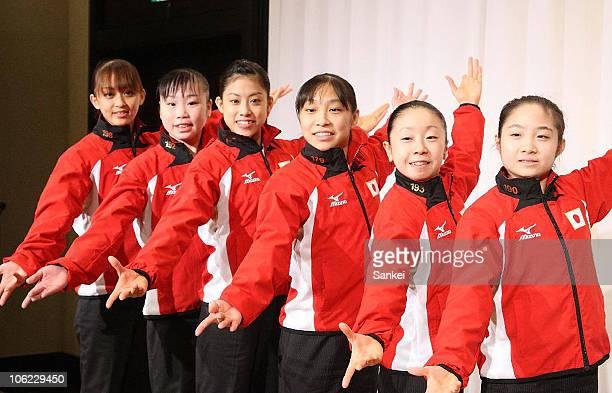 Rie Tanaka Momoko Ozawa Yuko Shintake Kyoko Oshima Mai Yamagishi and Koko Tsurumi pose for photographs at a press conference after returning from the...