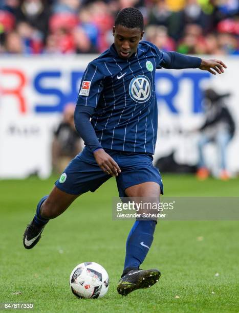 Riechedly Bazoer of Wolfsburg in action during the Bundesliga match between 1 FSV Mainz 05 and VfL Wolfsburg at Opel Arena on March 4 2017 in Mainz...