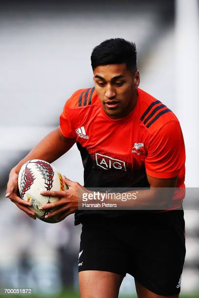 Rieko Ioane of the All Blacks runs through drills during the New Zealand All Blacks Captain's Run at Eden Park on June 23 2017 in Auckland New Zealand
