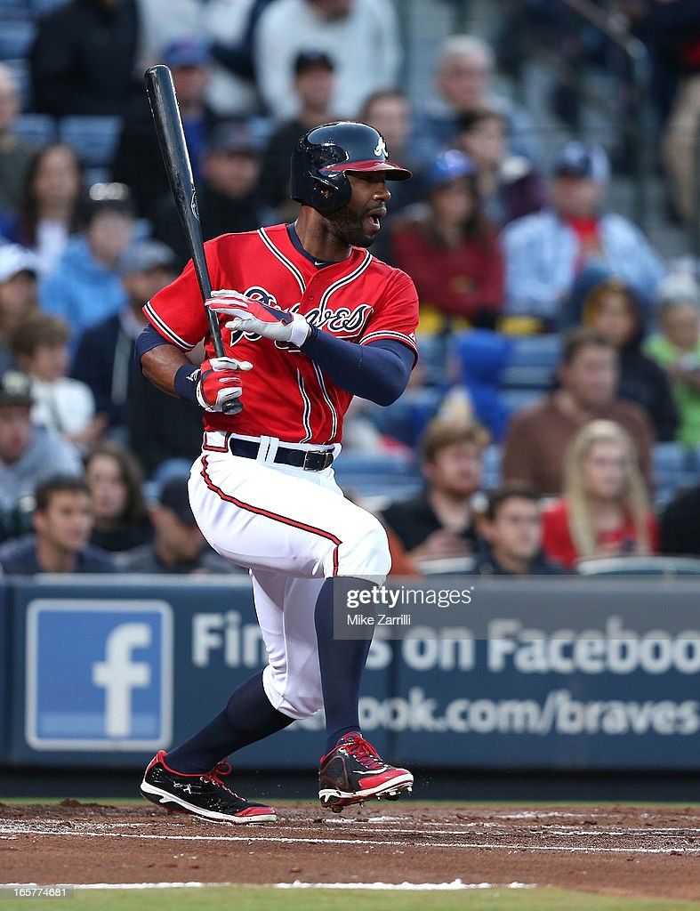 Right fielder <a gi-track='captionPersonalityLinkClicked' href=/galleries/search?phrase=Jason+Heyward&family=editorial&specificpeople=5043351 ng-click='$event.stopPropagation()'>Jason Heyward</a> #22 of the Atlanta Braves follows through on a swing during the game against the Chicago Cubs at Turner Field on April 5, 2013 in Atlanta, Georgia.