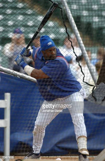 Right fielder Sammy Sosa of the Chicago Cubs waits for the pitch during batting practice prior to the game against the Tampa Bay Devil Rays at...
