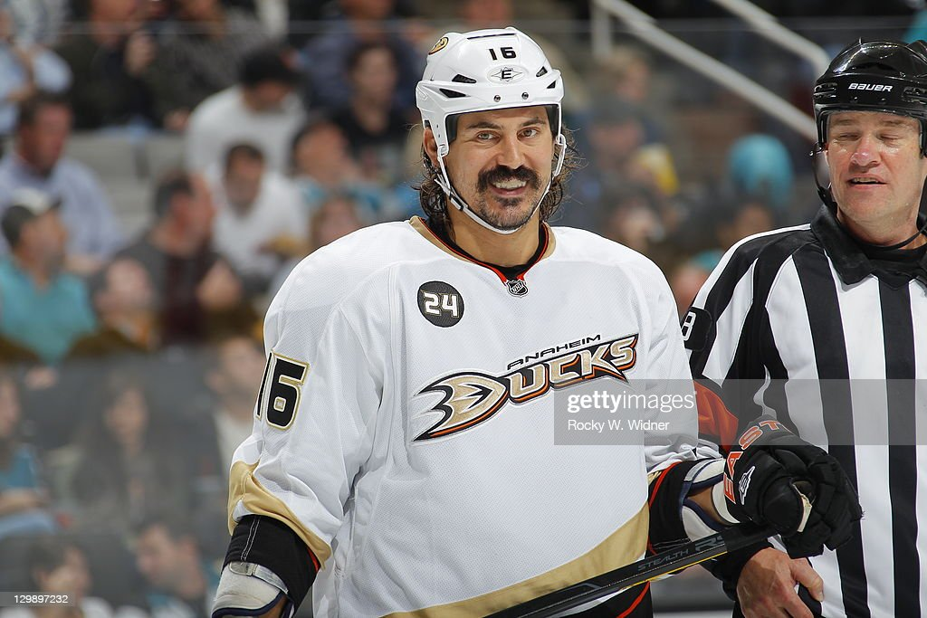 Right wing <a gi-track='captionPersonalityLinkClicked' href=/galleries/search?phrase=George+Parros&family=editorial&specificpeople=557239 ng-click='$event.stopPropagation()'>George Parros</a> #16 of the Anaheim Ducks smiles before the face-off against the San Jose Sharks at the HP Pavilion on October 17, 2011 in San Jose, California. The Ducks defeated the Sharks 3-2.