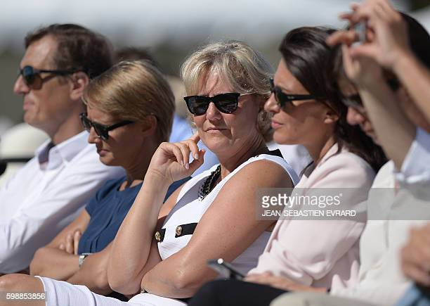 Right wing party 'Les Republicains' member Nadine Morano attends a LR political rally in La Baule on September 3 2016 / AFP / JEANSEBASTIEN EVRARD