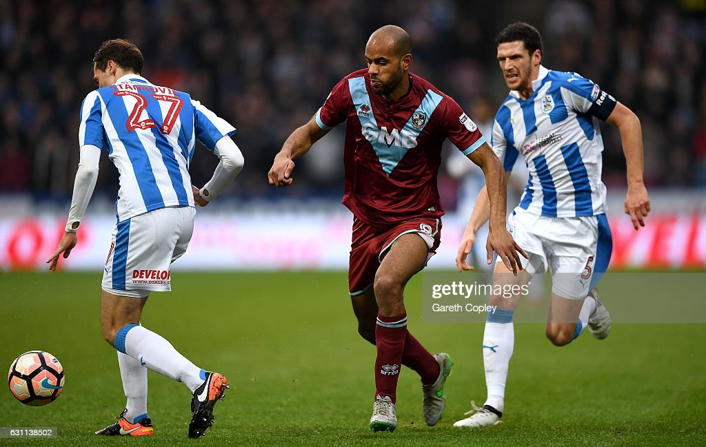 Huddersfield Town v Port Vale - The Emirates FA Cup Third Round