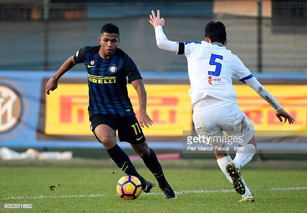 Rigoberto Manuel Rivas Vindel of FC Internazionale Primavera competes for the ball with Riccardo Gatti of Atalanta BC during the Primavera Tim Cup...