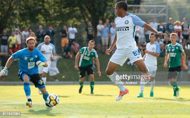 Rigoberto Rivas of FC Internazionale Milano missing a scoring chance during the Preseason Friendly match between FC Internazionale and Wattens on...