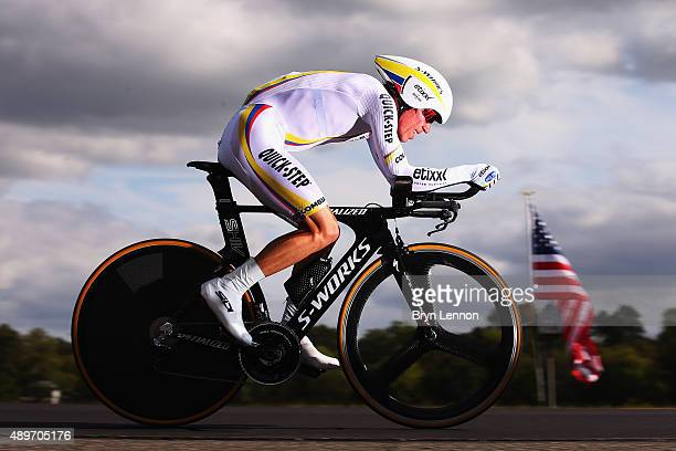 Rigoberto Uran of Colombia in action during the Elite Men Time Trial on day five of the UCI Road World Championships on September 23 2015 in Richmond...