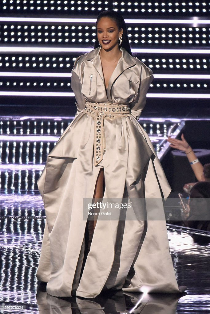 Rihanna accepts the VMA Lifetime Achievement Award onstage during the 2016 MTV Video Music Awards at Madison Square Garden on August 28 2016 in New...