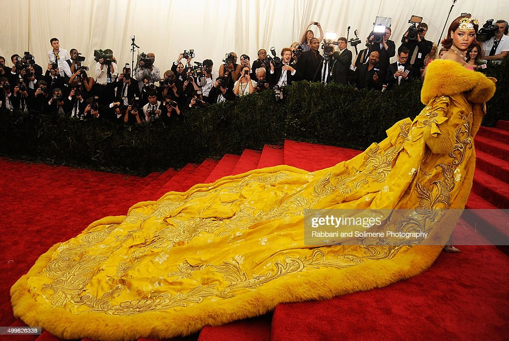 Rihanna arrives at 'China: Through The Looking Glass' Costume Institute Benefit Gala at the Metropolitan Museum of Art on May 4, 2015 in New York City.