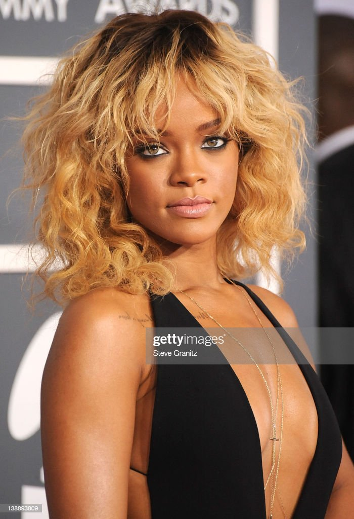 <a gi-track='captionPersonalityLinkClicked' href=/galleries/search?phrase=Rihanna&family=editorial&specificpeople=453439 ng-click='$event.stopPropagation()'>Rihanna</a> arrives at The 54th Annual GRAMMY Awards at Staples Center on February 12, 2012 in Los Angeles, California.