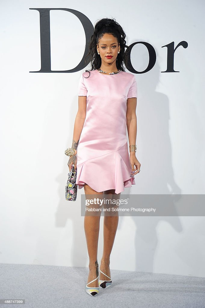 <a gi-track='captionPersonalityLinkClicked' href=/galleries/search?phrase=Rihanna&family=editorial&specificpeople=453439 ng-click='$event.stopPropagation()'>Rihanna</a> arrives at the Christian Dior Cruise 2015 Show at Brooklyn Navy Yard on May 7, 2014 in Brooklyn City, New York.