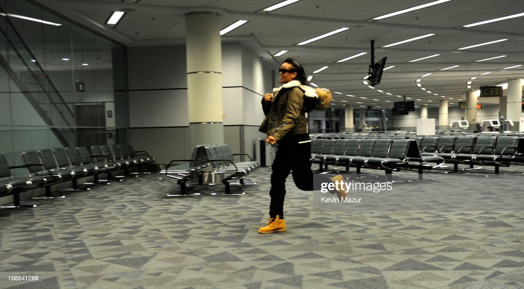 Rihanna arrives at the gate to catch her flight at the Toronto International aiport following her show at The Danforth on November 15, 2012 in Toronto, Ontario. Rihanna's 777 Tour - 7 countries, 7 days, 7 shows in celebration of the November 19, 2012 release of 'Unapologetic.'