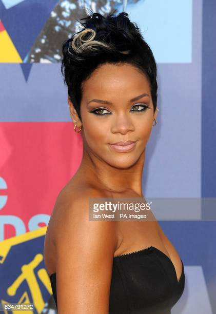 Rihanna arrives for the MTV Video Music Awards 2008 at Paramount Studios Hollywood Los Angeles California