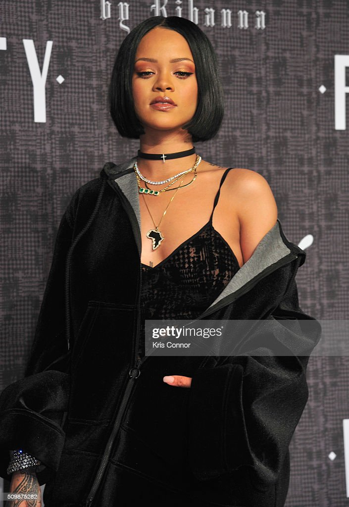fenty x puma by rihanna arrivals fall 2016 new york fashion week getty images. Black Bedroom Furniture Sets. Home Design Ideas