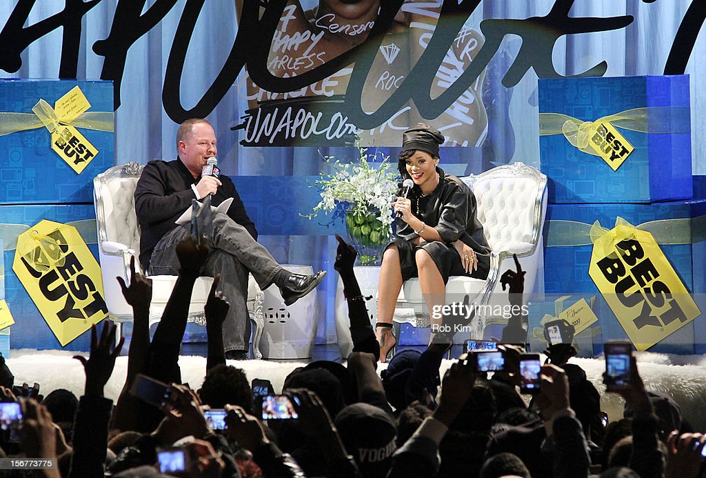 <a gi-track='captionPersonalityLinkClicked' href=/galleries/search?phrase=Rihanna&family=editorial&specificpeople=453439 ng-click='$event.stopPropagation()'>Rihanna</a> attends her 'Unapologetic' record release fan meet and greet at Best Buy Theater on November 20, 2012 in New York City.