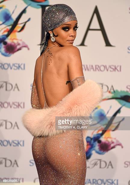 Rihanna attends the 2014 Council of Designer of America Awards at Alice Tully Hall Lincoln Center June 2 2014 in New York City AFP PHOTO / Timothy A...