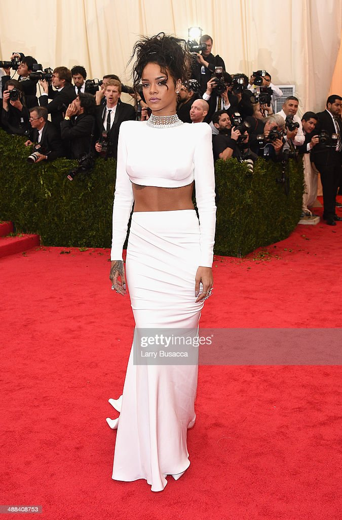 <a gi-track='captionPersonalityLinkClicked' href=/galleries/search?phrase=Rihanna&family=editorial&specificpeople=453439 ng-click='$event.stopPropagation()'>Rihanna</a> attends the 'Charles James: Beyond Fashion' Costume Institute Gala at the Metropolitan Museum of Art on May 5, 2014 in New York City.