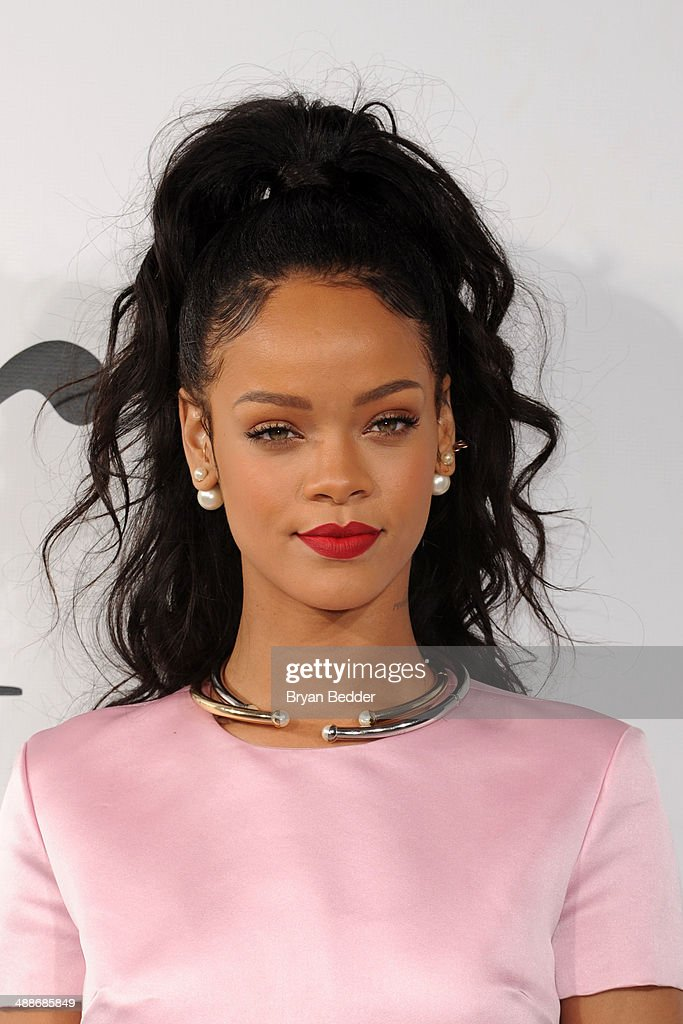 <a gi-track='captionPersonalityLinkClicked' href=/galleries/search?phrase=Rihanna&family=editorial&specificpeople=453439 ng-click='$event.stopPropagation()'>Rihanna</a> attends the Christian Dior Cruise 2015 Show on May 7, 2014 in Brooklyn, New York City.
