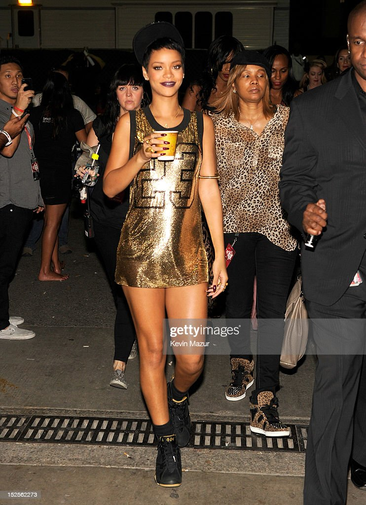 <a gi-track='captionPersonalityLinkClicked' href=/galleries/search?phrase=Rihanna&family=editorial&specificpeople=453439 ng-click='$event.stopPropagation()'>Rihanna</a> backstage during the 2012 iHeartRadio Music Festival at MGM Grand Garden Arena on September 21, 2012 in Las Vegas, Nevada.