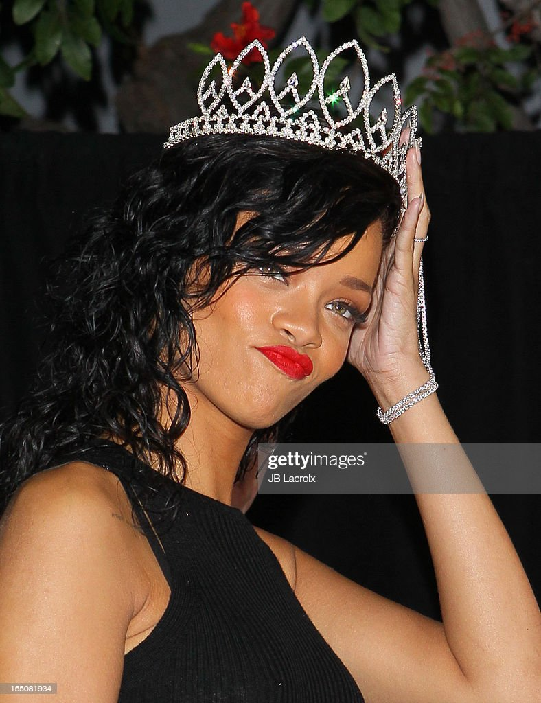 <a gi-track='captionPersonalityLinkClicked' href=/galleries/search?phrase=Rihanna&family=editorial&specificpeople=453439 ng-click='$event.stopPropagation()'>Rihanna</a> is named the Queen of the 2012 West Hollywood Halloween Carnaval at Greystone Manor Supperclub on October 31, 2012 in West Hollywood, California.